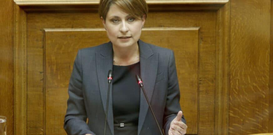 Χριστίνα Αλεξοπούλου Βήμα Βουλής 1