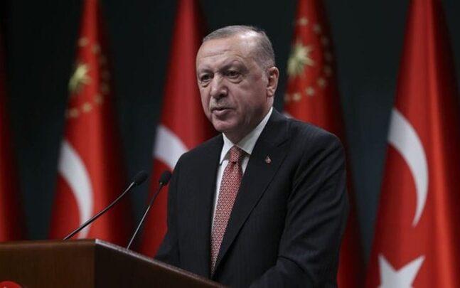 «Τα λεφτά του πίσω» ζητάει ο Ερντογάν από τις ΗΠΑ