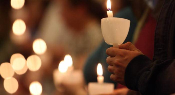 Ανοιχτές εκκλησίες για Ανάσταση και Επιτάφιο αλλά με μέτρα
