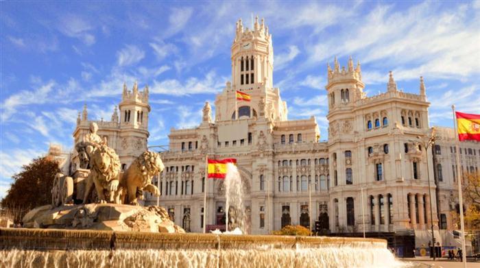 Ισπανία: Δοκιμάζει την τετραήμερη εργασία –Πιλοτικό πρόγραμμα σε επιχειρήσεις