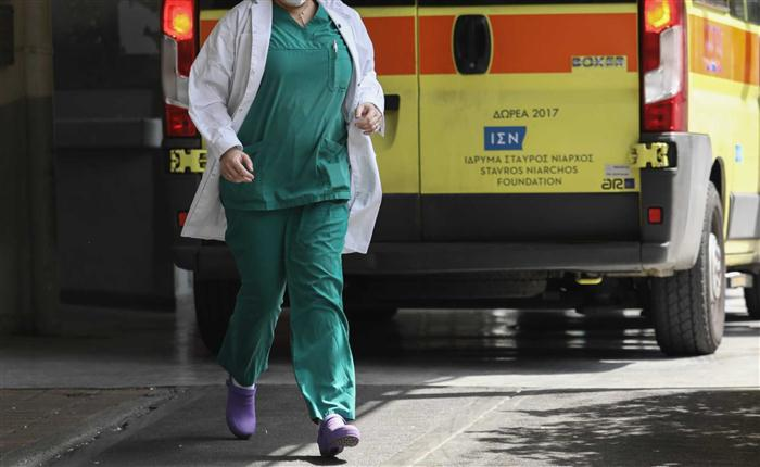 Ρόδος: Νεαρή τουρίστρια έπεσε από ταράτσα ξενοδοχείου
