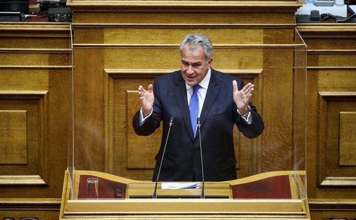 Τροπολογία για την παράταση των συμβάσεων καθαριστριών σχολείων φέρνει ο Μ. Βορίδης