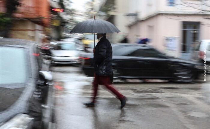 Αχαΐα: Συννεφιά και αφρικανική σκόνη σήμερα -Καθαρά Δευτέρα με βροχές
