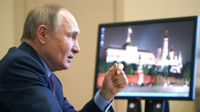 Πούτιν: «Θα απαντήσουμε στις «εκκαθαρίσεις» που κάνει το Κίεβο»