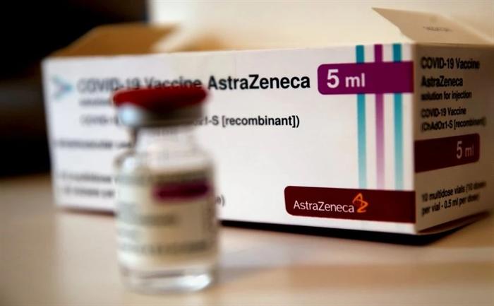 Η ΕΕ διεκδικεί αποζημίωση-μαμούθ για τις καθυστερήσεις στις παραδόσεις της AstraZeneca