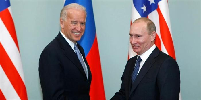 Προετοιμάζεται η συνάντηση κορυφής Πούτιν-Μπάιντεν