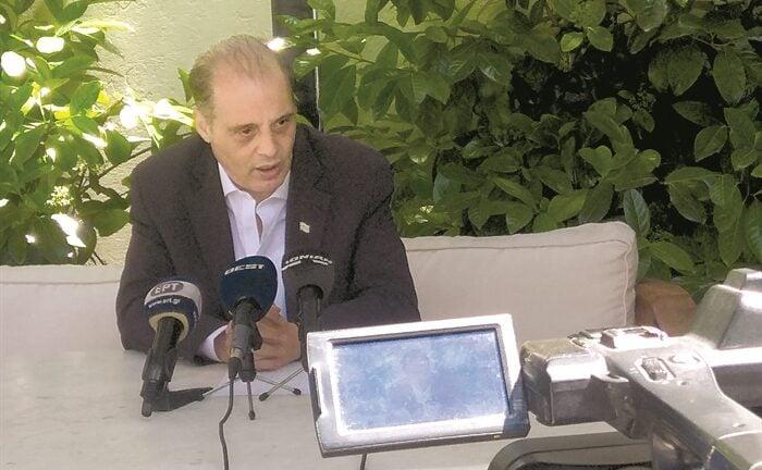 Βελόπουλος: Η κυβέρνηση πανηγυρίζει για νούμερα, οι Ελληνες υποφέρουν