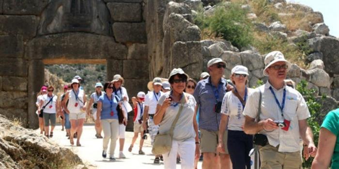 Γερμανία: «Πράσινο» για τουρισμό και στην Ελλάδα