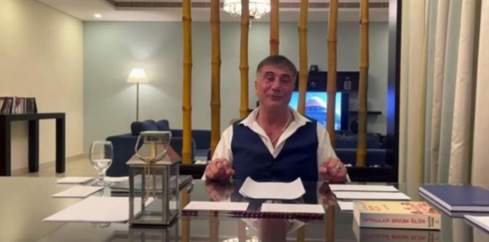 Τουρκία: Ο αρχιμαφιόζος Πεκέρ χτυπά διαρκώς την κυβέρνηση -Οι αποκαλύψεις