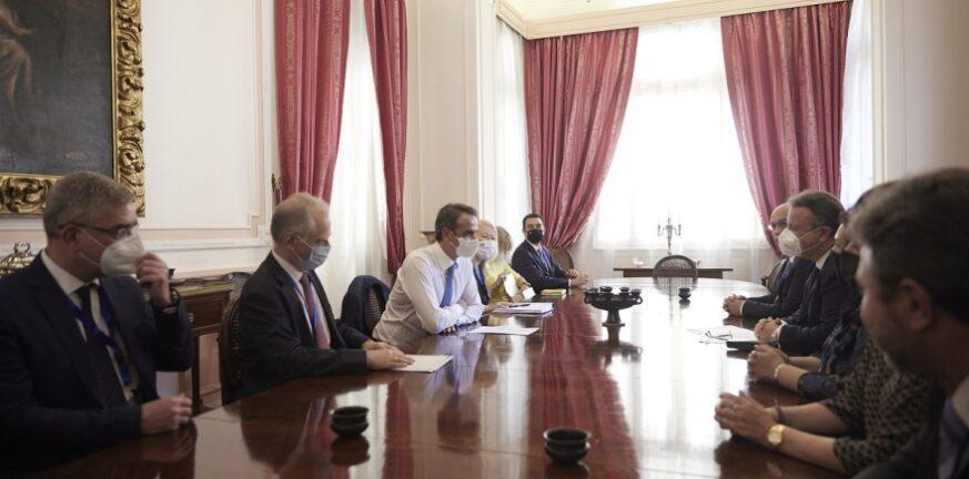 Μητσοτάκης στο Κάιρο: Συνάντηση με εκπροσώπους της Ελληνικής Κοινότητας