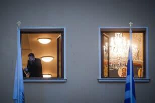 """Μονή Πετράκη - Μαρτυρία: """"Ράντισε όλη την αίθουσα, ιερείς και δικηγόρους"""""""