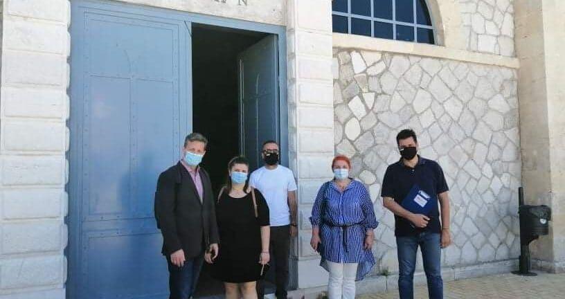σπιράλ: Βέλη κατά του Δήμου για τις άκαρπες συναντήσεις με τα πληρώματα