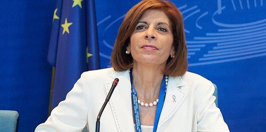 Στην Αθήνα η επίτροπος Υγείας της ΕΕ