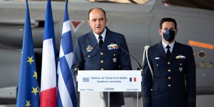 """Αρχηγός ΓΕΑ Γεώργιος Μπλιούμης: """"Τα Rafale στέλνουν μήνυμα αξιοπιστίας και ικανότητας στις μελλοντικές απειλές"""""""