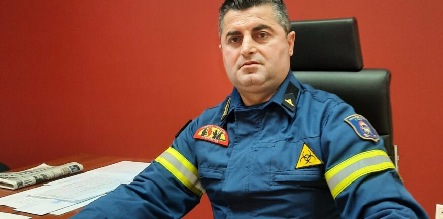 """Φερτάκης για πυροσβέστες Ακράτας: """"Δεν κρύβονται, δεν """"παραθερίζουν""""...περιπολούν"""""""