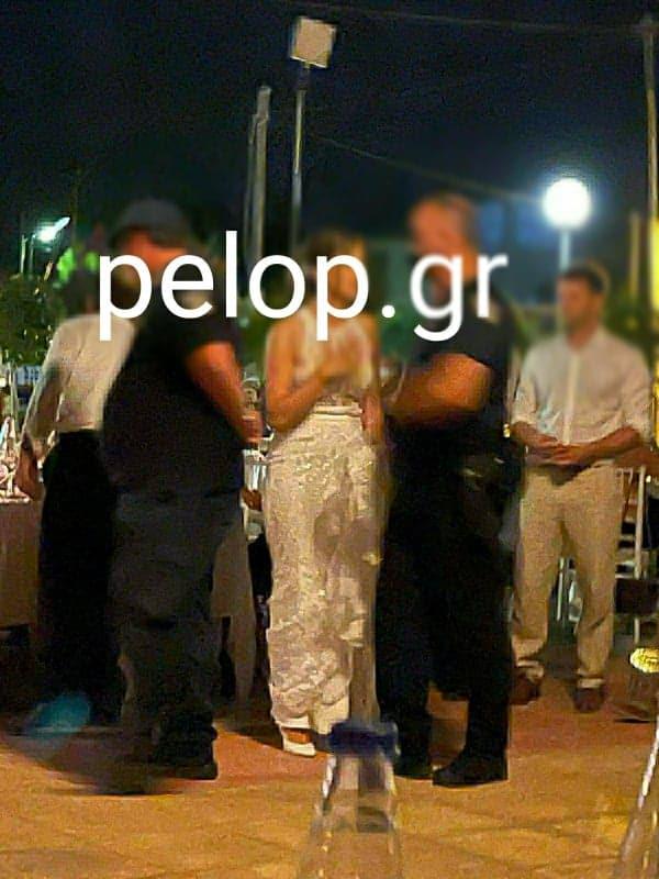 """Πάτρα: Φωτογραφία - ντοκουμέντο από την """"εισβολή"""" αστυνομικών σε γαμήλιο γλέντι"""