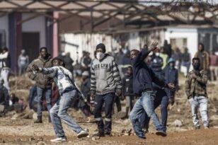 Νότια Αφρική: 117 οι νεκροί από τα βίαια επεισόδια