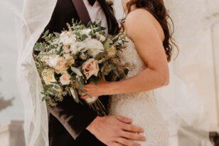 Με προσκλητήριο και τεστ στο χέρι οι καλεσμένοι σε γάμους και βαπτίσεις