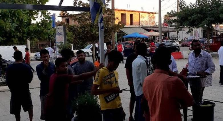 Δυτική Αχαΐα: «Μας απειλούν» 40.000 ανεμβολίαστοι εργάτες γης και αθίγγανοι