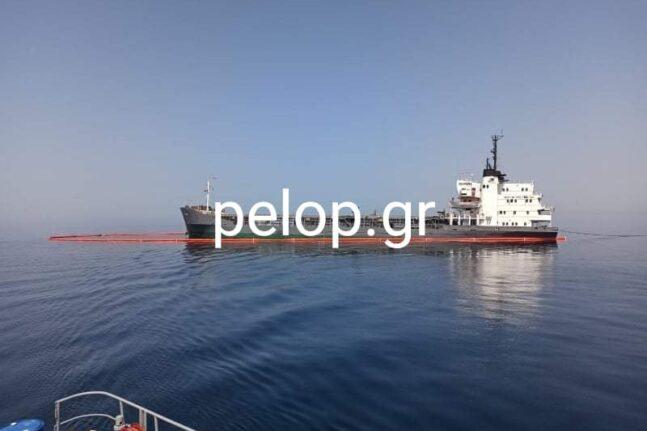 Αχαΐα: Αποκολλήθηκε το πλοίο - Μεταφέρθηκε στο λιμάνι της Πάτρας