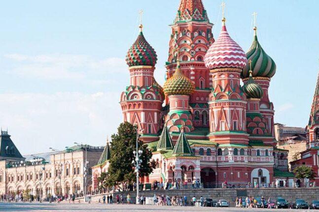 Η Μόσχα επιστρέφει σε καθεστώς lockdown