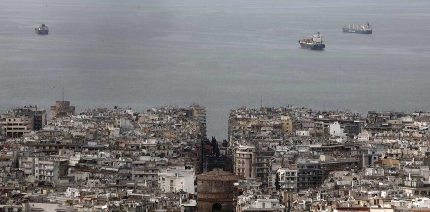 Επίσημα σε lockdown η Θεσσαλονίκη και τρεις ακόμα νομοί