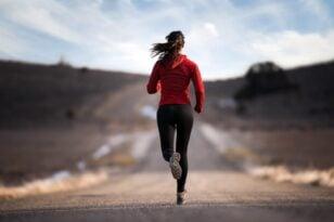 Τρέξιμο – Τραυματισμοί: Μια απλή κίνηση που προστατεύει τα γόνατα και μέση