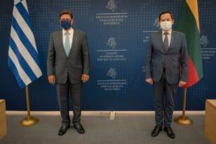 Βαρβιτσιώτης: Η Ελλάδα έτοιμη να προσφέρει κάθε δυνατή βοήθεια στη Λιθουανία