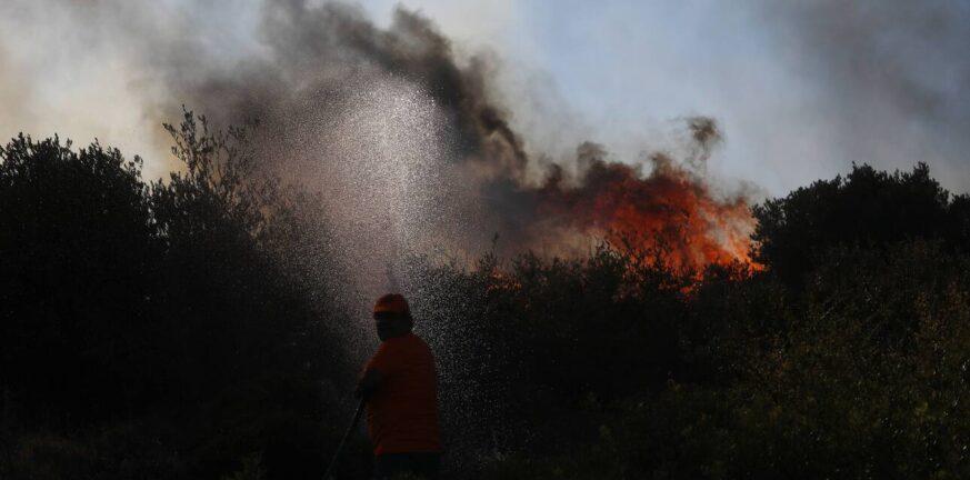 Υψηλός κίνδυνος πυρκαγιάς σε περιοχές της Αχαΐας και της Αιτωλοακαρνανίας