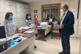 Χατζηδάκης: Στο πειθαρχικό υπαλλήλοι του ΕΦΚΑ που ταλαιπωρούν τον κόσμο