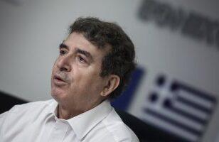 """Χρυσοχοΐδης σε ΣΥΡΙΖΑ: """"Συνεχώς παρών - Και πυροσβέστης και επιτελικός"""""""