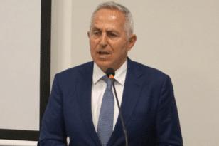 Ανασχηματισμός: Ποιος είναι ο νέος υπουργός Πολιτικής Προστασίας Ευάγγελος Αποστολάκης