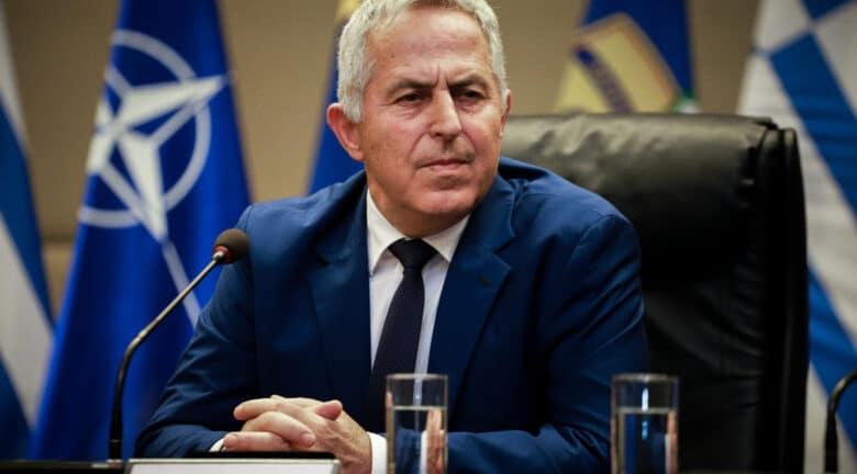 αποστολακης