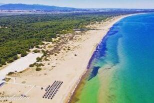 Δυτική Αχαΐα-Εκκληση Μυλωνά: «Ας στερηθούμε για λίγο αυτές τις υπέροχες παραλίες»