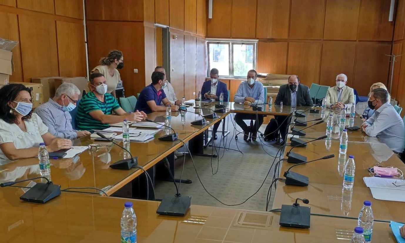 Ηλεία: Σύσκεψη και συντονισμός για επιτάχυνση της διαδικασίας της στήριξης των πυρόπληκτων