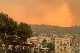 Λακωνία: Μάχη να μην μπει η φωτιά στο Γύθειο - ΒΙΝΤΕΟ