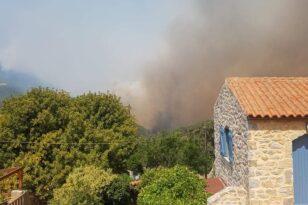 Φωτιά στη Μάνη: Αποφασίστηκε εκκένωση του Γυθείου