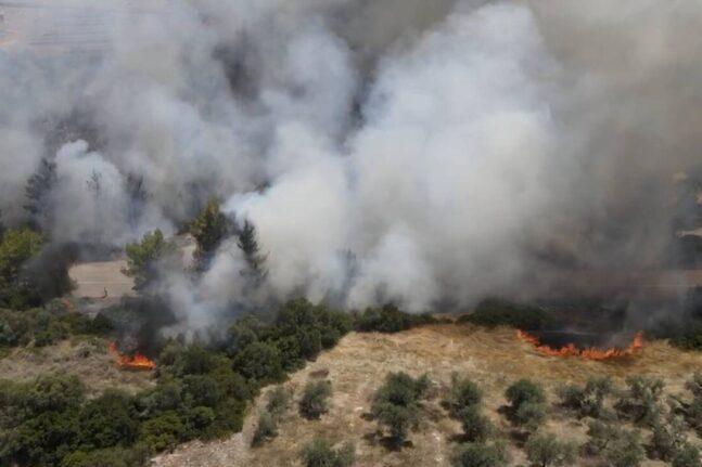 Φωτιές στο Θεολόγο Μαλεσίνας: Αρνείται οποιαδήποτε εμπλοκή ο 14χρονος