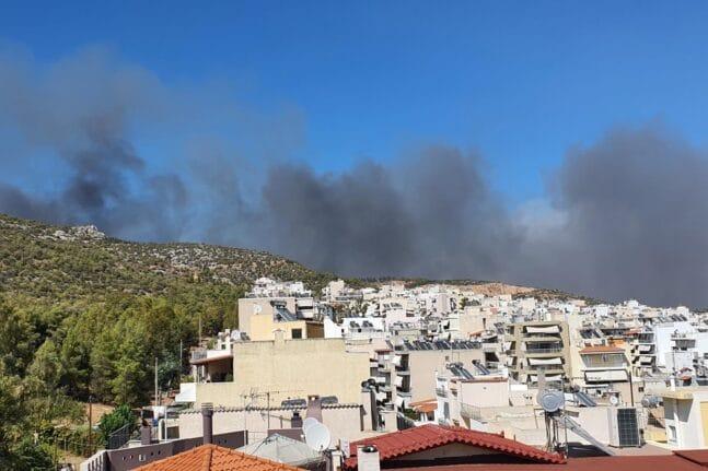 Φωτιά και στα Άνω Λιόσια ανάστατοι οι κάτοικοι