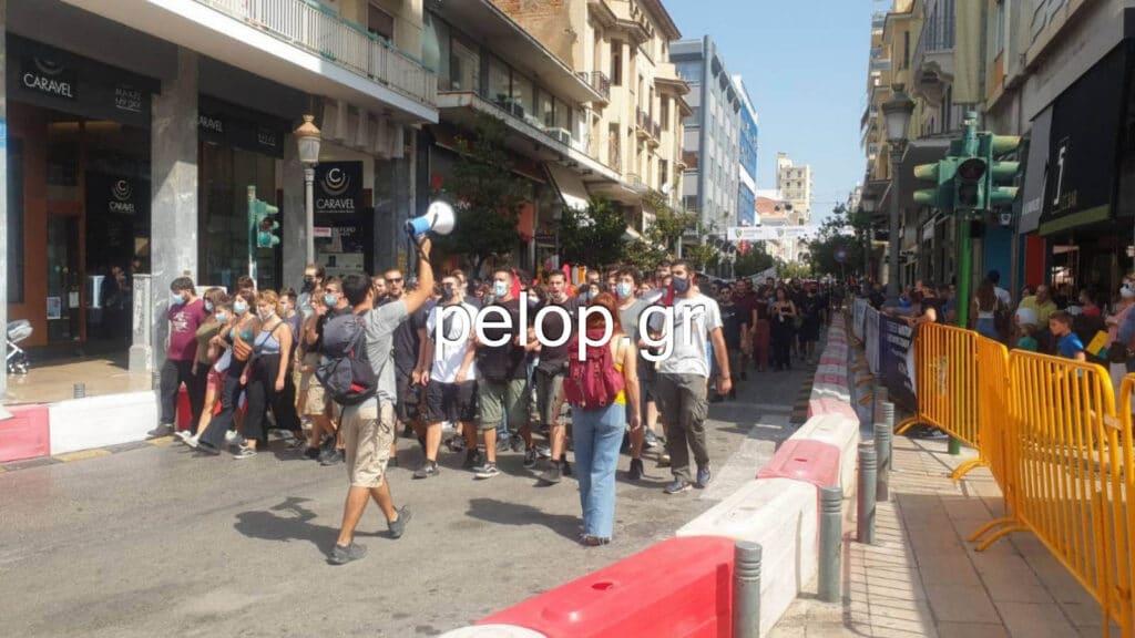 Πάτρα: Πορεία για τη δολοφονία του Παύλου Φύσσα ΦΩΤΟ - ΒΙΝΤΕΟ