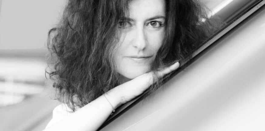 Χλόη Ακριθάκη: «Αιχμαλωτίζοντας τις λεπτομέρειες»