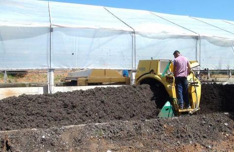 Στη φάση της οικιακής κομποστοποίησης των βιοαπόβλητων περνάει ο Δήμος Δυτικής Αχαΐας
