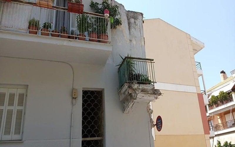 Πάτρα: Το μπαλκόνι – μυστήριο της άνω πόλης!