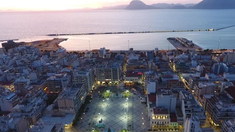 """Αυτοί είναι οι """"νονοί"""" των οδών, πλατειών και συνοικιών του Δήμου Πατρέων"""