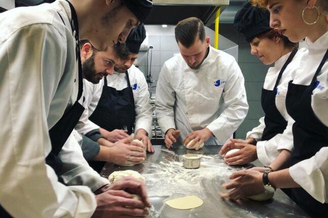 ΣΒΙΕ - Μαγειρική και Ζαχαροπλαστική: Το δυνατό ξεκίνημα ως προϋπόθεση για τα πλέον δημιουργικά επαγγέλματα στην εστίαση