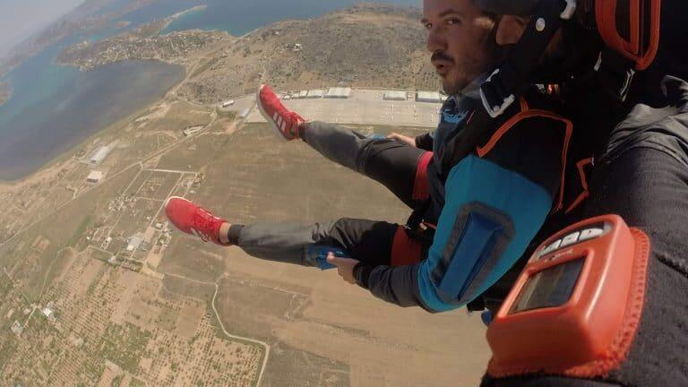Ο Γιώργος Μιχαλόπουλος και η βουτιά από τα 12.000 πόδια! - Φωτογραφίες