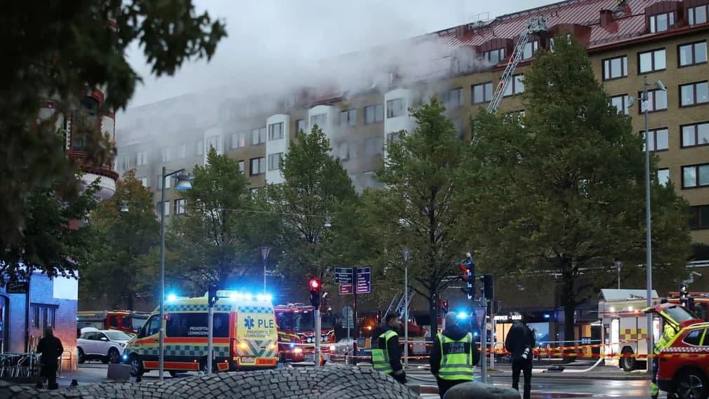 Γκέτεμποργκ: Έκρηξη σε πολυκατοικία – Πάνω από 20 τραυματίες - ΒΙΝΤΕΟ