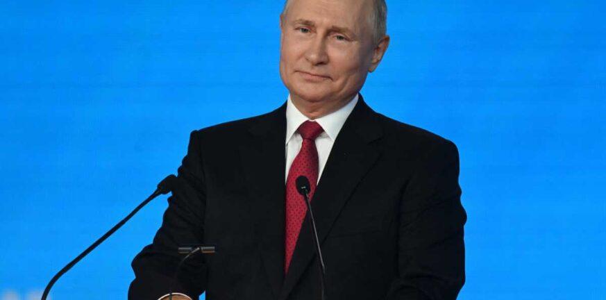 Ο Πούτιν από την καραντίνα καλεί τους Ρώσους να ψηφίσουν στις εκλογές