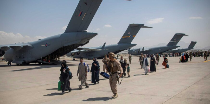 Βρετανοί «στοχοποίησαν» κατά λάθος 250 Αφγανούς διερμηνείς