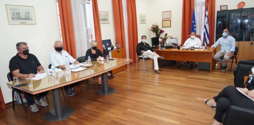 Αίγιο: Κινητοποιήσεις για τη μεταφορά του πανεπιστημιακού τμήματος αποφάσισε ο Δήμος